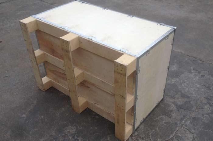 出口钢边箱包装