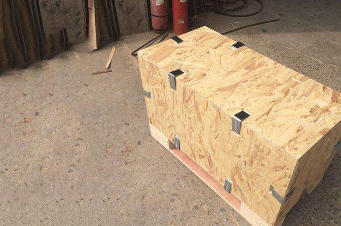 卡扣木箱包装