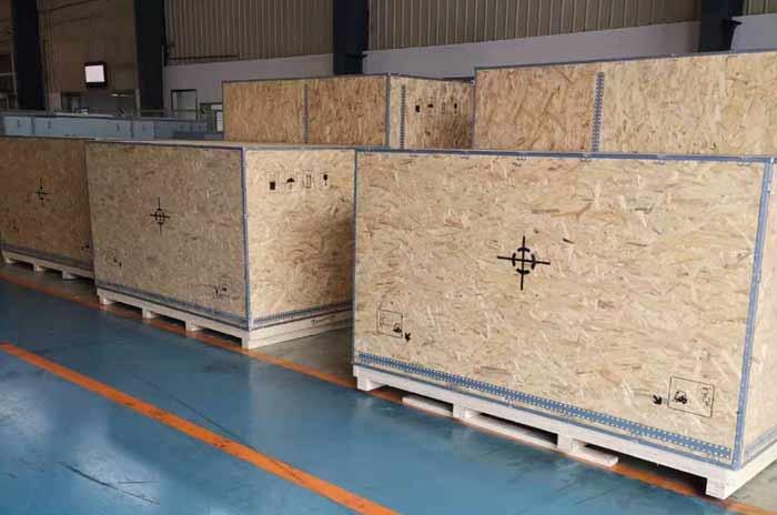 大型欧松板钢带箱